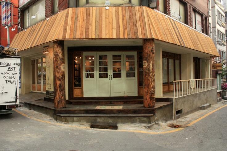 KOREA - VINTAGE CAFE INTERIOR Production design by SCREENART