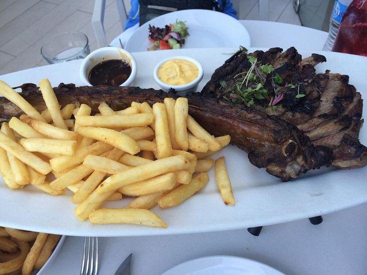 ここのステーキが食べたすぎる旅行したい #オーストラリア #オージービーフ #なのですかね #美味しかった #肉を欲してる #ステーキ食べたい #お腹すいた #シドニー #サイレン #australia #sydney #sydneyharbourbridge #cyren #yum #like #love #beef by ayami_r5 http://ift.tt/1NRMbNv
