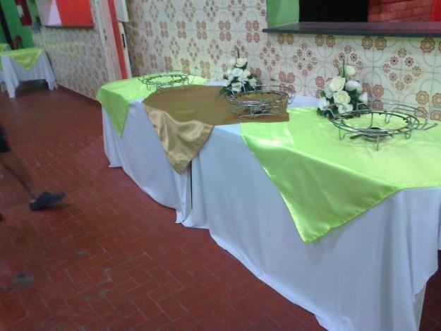 Aluguel Toalha e cobre manchas,  3,00 Preo, x1  cetim, toalhas de mesa