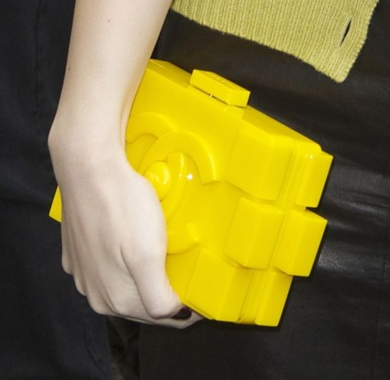 "Hailee Steinfeld Carries Geeky Chic Chanel ""LEGO"" Clutch"