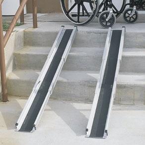 Rampa Telescópica cadeira de rodas - Mobilidade e Acessórios - Aids para Vida Diária e Mobilidade - Confortos Fácil