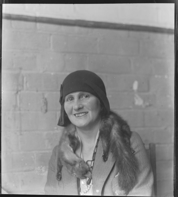 050010PD: Woman with fox fur around neck, 1927-1929.  http://encore.slwa.wa.gov.au/iii/encore/record/C__Rb2456942__S050010PD__Orightresult__U__X3?lang=eng&suite=def