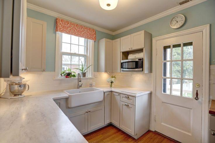 Country Kitchen with Subway Tile, U-shaped, Hardwood floors, flush light, Flush, Caesarstone - 5000 London Grey