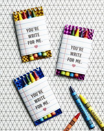 Heartfelt No-Candy Valentines - Crayons & Notepads #kidfriendly #valentines #valentinesday