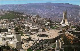 Algeria e un paese di Maghred nel nord di Africa nella costa mediteriana.  Abdallah e Amedeo tutte e due sono di della stessa quartiere di Algeri.