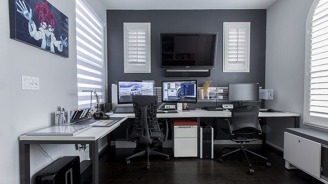 Great desk setup (only need a standing/sitting option).