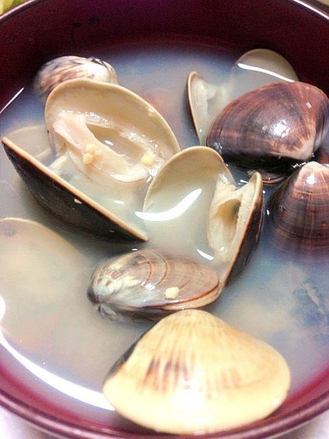 いい出汁でてた〜꒰ღ˘◡˘ற꒱ - 75件のもぐもぐ - 蛤の稚貝のお味噌汁 by momoko777