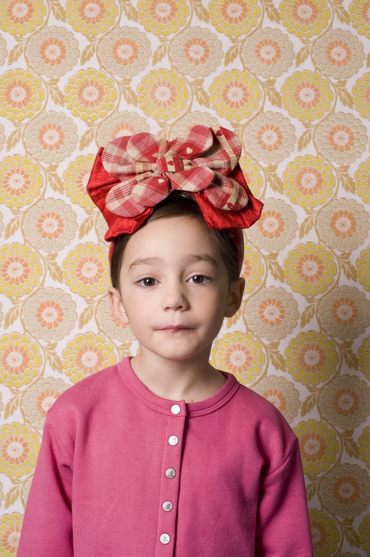 Chignons Hauts Style: Clara Dayet Photo: Ophelia Wynne
