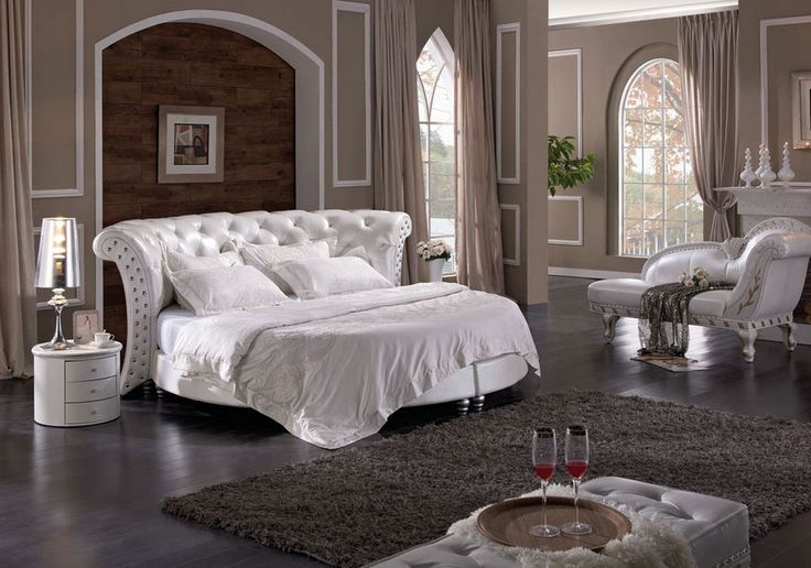 TOP 15 Luxury Beds For The LA Homes  READ MORE at http://losangeleshomes.eu/home-in-la/top-15-luxury-beds-for-the-la-homes/  ‪#‎LuxuryBeds‬ ‪#‎LosAngelesHomes‬ ‪#‎InteriorDesignIdeas‬