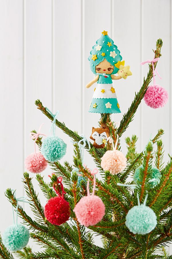 Make a felt Christmas tree fairy and more Christmas decorations with the first festive issue of Mollie Makes. Plus an extra Winter Homestyle magazine, 8 festive pull-out papers, and a mini wooden loom.