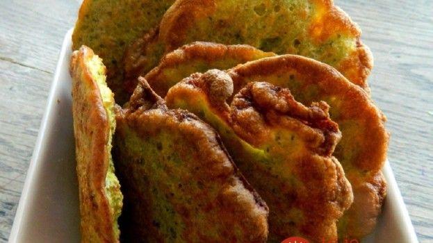 Neviete odolať kalorickým vyprážaným plackám? Tieto chrumkáče z brokolice skvele nahradia pečivo aj ťažké prílohy, nepriberiete z nich ani gram!