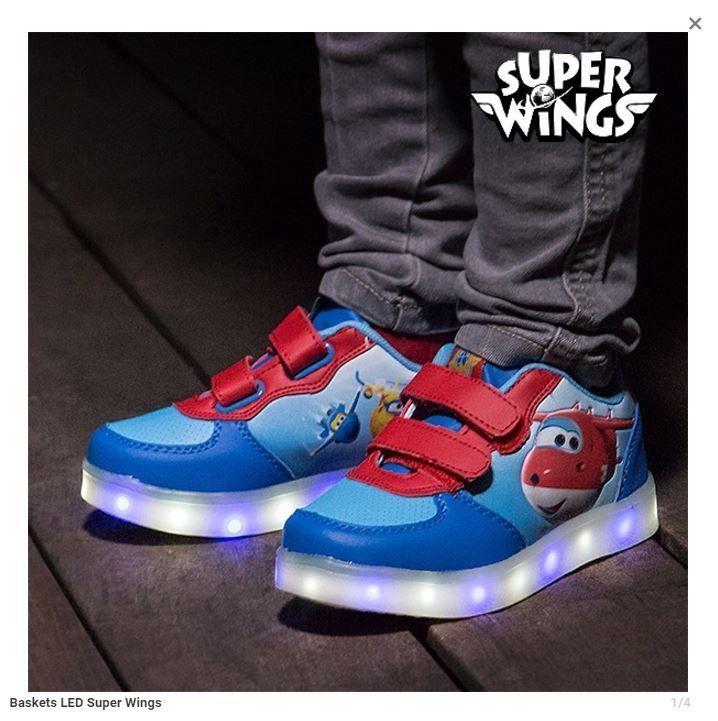 Baskets enfant led super wings