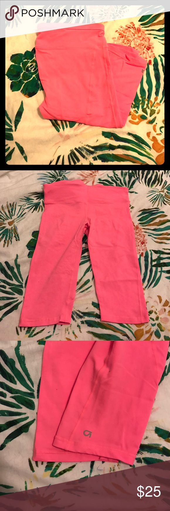 gap fit neon coral Capri leggings Great condition! Bright coral color, the pictures seem more pink but they are definitely coral. Includes an adjustable waist and small pocket. The are size large but would fit a medium GAP Pants Leggings