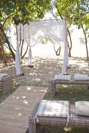 Chairs | Lovebird Weddings