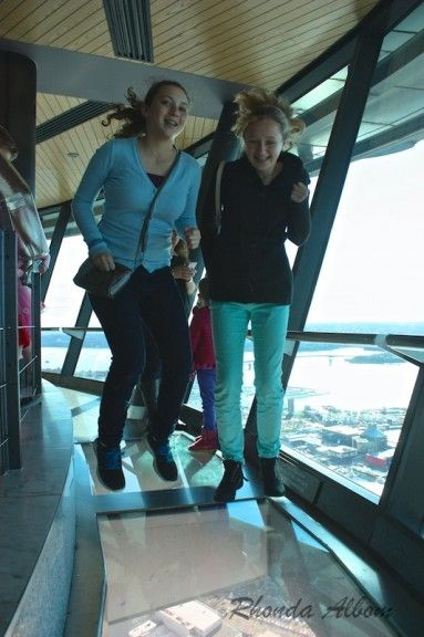 Jumping in the Auckland Skytower - Would you leap on a secure glass floor at the top of a tower?