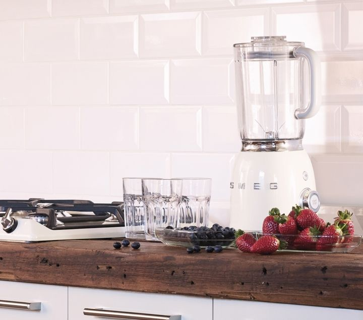 scopri il nuovo frullatore smeg 50u0027s style find out more about the new smeg 50u0027s