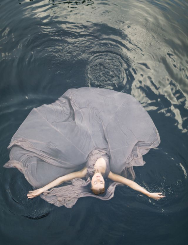 Stunning water shoot with a lavender dress | Rensche Mari Photography | see more on http://burnettsboards.com/2014/02/sublime-springtime-wedding/