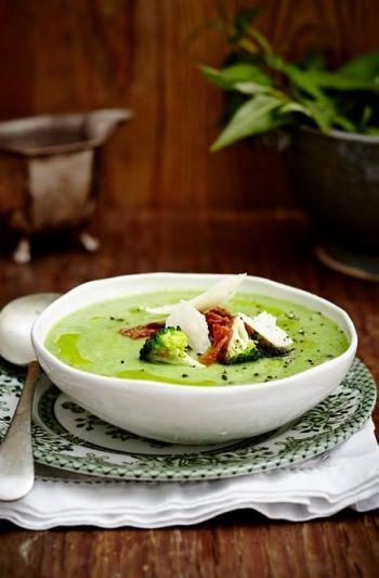 Broccoli Soup with Crispy Bacon and Parmesan Shavings recipe on www.nomu.co.za