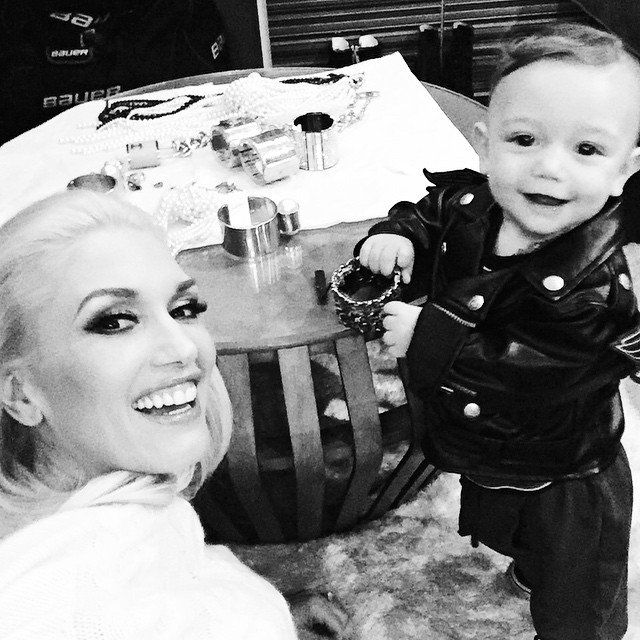 Pin for Later: The Sweetest and Silliest Celebrity Candids From 2014  Gwen Stefani took a selfie with her adorable son. Source: Instagram user gwenstefani