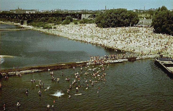 Plaża przy Stadionie Dziesięciolecia, 1958