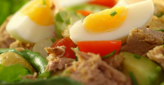 Mary+Berry+Saturday+Lunch+Tuna+salad+recipe+on+Mary+Berry's+Foolproof+Cooking