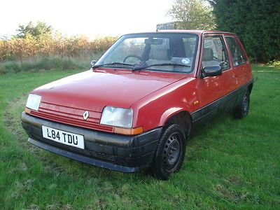 1993 Renault 5 Campus Prima Red   - http://classiccarsunder1000.com/archives/9415