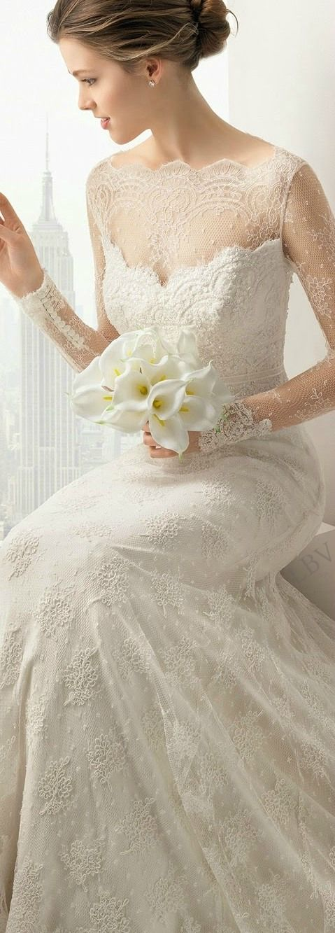 Wow..This is at least the 40th perfect wedding dress I've come across..sheesh..choices..choices..