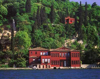 Istanbul Ostrorog Yalisi
