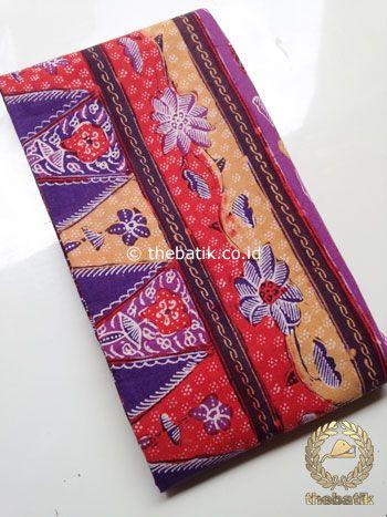Sarung Batik Tulis Modern Marun Tumpal Ungu | #Indonesia Traditional #Batiks Tulis #Design. Hand-dyed #Fabric #Textiles Process http://thebatik.co.id/kain-batik-bahan/batik-tulis/