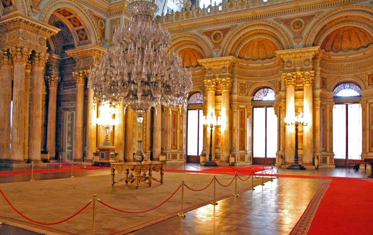 Dolmabahce Palace Istanbul..:: Where is istanbul ::.Istanbul is located in Turkey