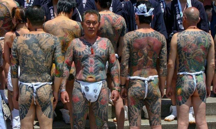 Japanese Yakuza Split Sparks National Gang War http://www.toomanly.com/6650/japanese-yakuza-split-sparks-national-gang-war/
