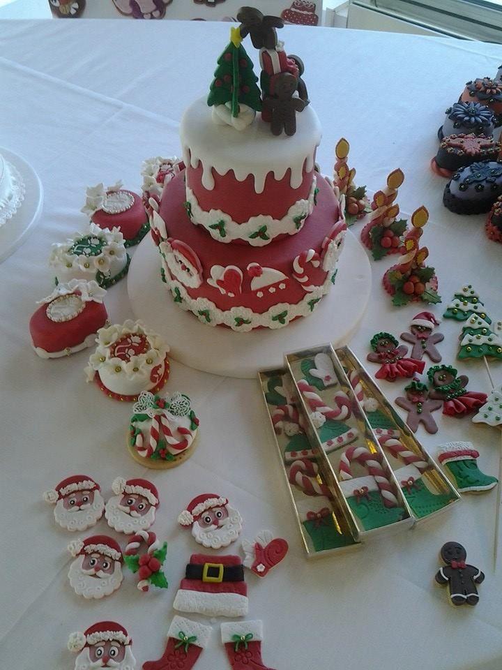 sweet table e scatole biscotti Natale Omar Busi
