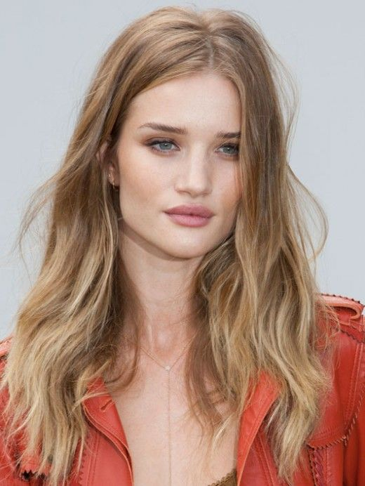 The Glossy Girls » Looks de top: Rosie Huntington-Whiteley