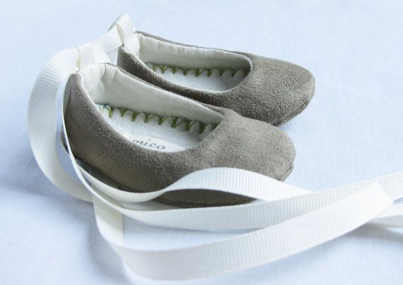 I love baby shoes.