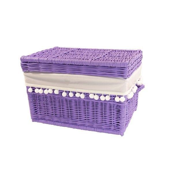 Wiklinowy kufer z płaskim wiekiem - lawendowy obszyty materiałem w kol. białym z pomponami