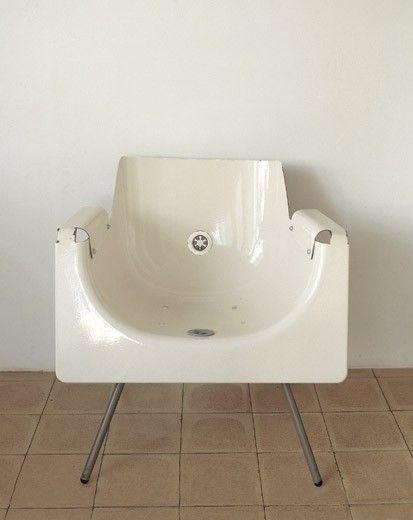 Si cambiaste la bañera por un box de ducha...¡No la tires! ¡Mirá que silla podés crear!
