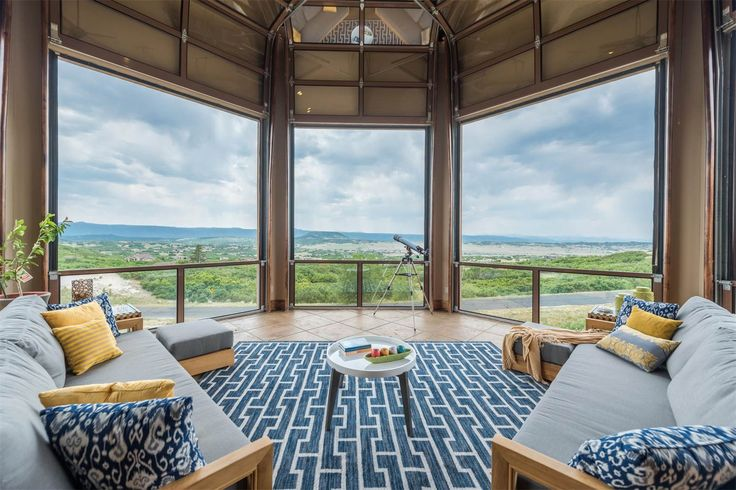Extraordinary Property of the Day: Ranch-style residence with stunning architectural features in Castle Rock, CO