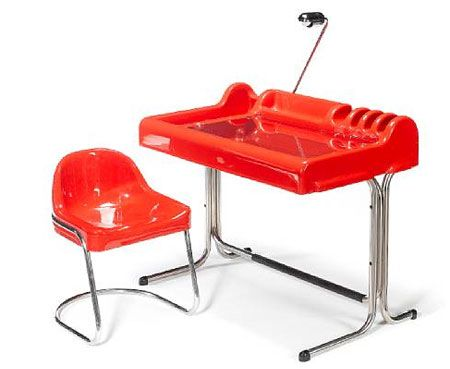1970s space age Orix desk and chair by Vittorio Parigi and Nani Prina.   Produced by Molteni & C circa 1970, it's pure space, offering up a fibreglass and chromed metal desk and chair, the desk with a hinged glass writing surface, and adjustable lamp and sone grooves which might, by accident, be good these days for the cables from your laptop.