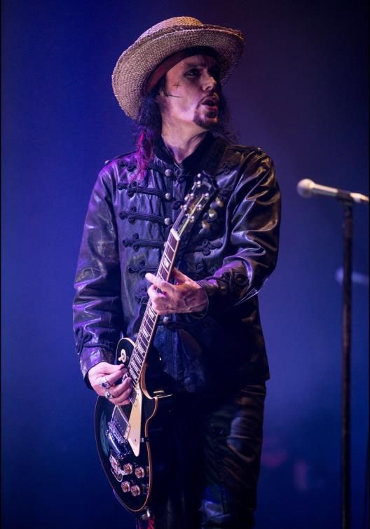Live Review: Adam Ant: The Roundhouse, London 12/21/17