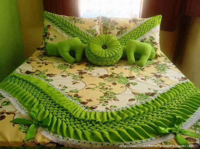 Покрывала и подушки с буфами. Подборка