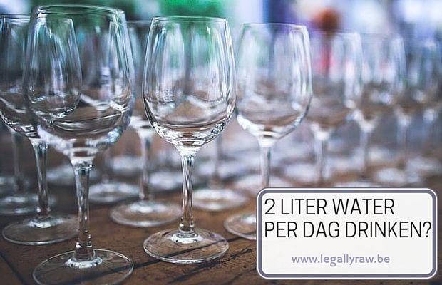 Moet je echt 2 liter per dag drinken? - Moet je echt 2 liter water per dag drinken? En wat er meestal meteen op volgt is 'dat is zoveel, hoeveel glazen is dat wel niet, dat krijg ik nooit op'. https://app.meetedgar.com/contents/new?last_id=2334089