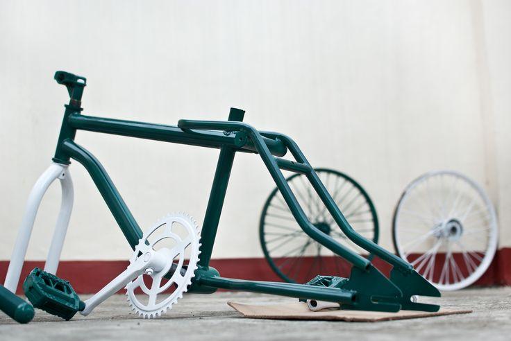 wikihow to paint a bike via. Black Bedroom Furniture Sets. Home Design Ideas