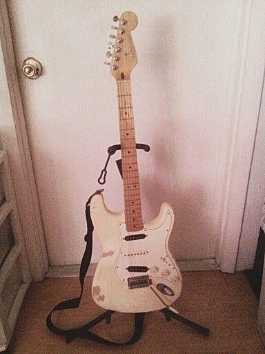 Worn Mexican Fender Strat