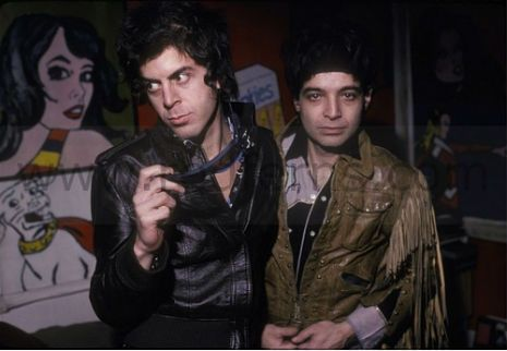 """Suicide, No Wave Band dangerousminds.com posted by Paul Gallagher The group started out in 1970 as three piece band. The guitarist """"who was like a free-sound guitarist and also a visual artist"""" soon left to make films. As Vega and Rev told Igloo Mag in 2008"""
