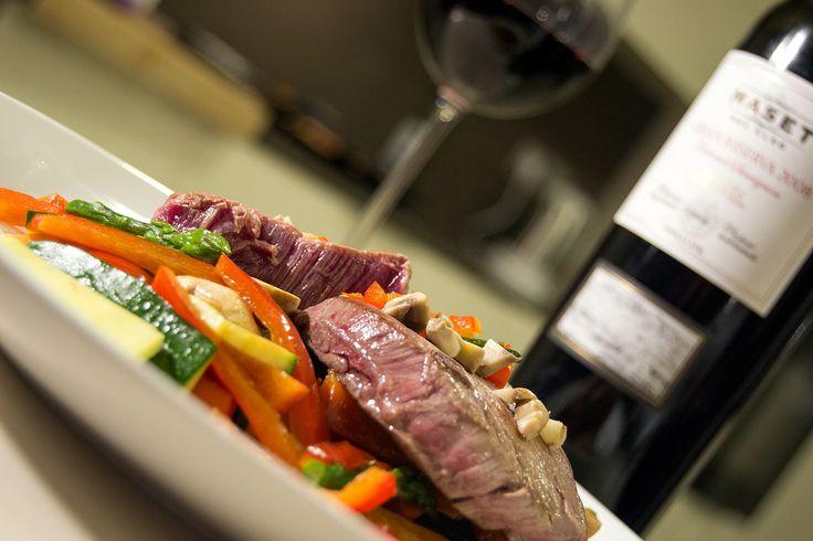 Solomillo de ternera Bruneta con verduras a la plancha maridado con Cabernet Sauvignon Gran Reserva