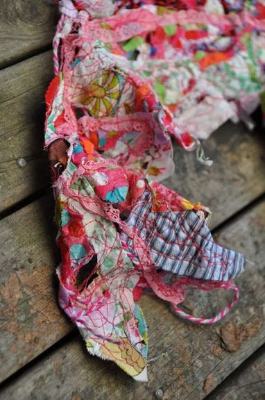 Beautiful scarf from scraps using water soluble stabilizer