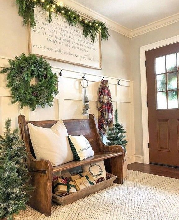 Home Decor For Small Spaces 36 Entryway Bench Ideas That Are Useful And Beautiful Page 29 Bloghenni Online In 2020 Entryway Decor Small Foyer Decorating Foyer Bench