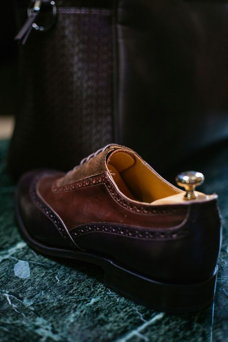 Artizan 3 tone Oxfords from the Classic collection #morethanasuit @artizanimage