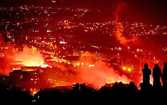 Lewes Bonfire Night 2016 http://nyti.ms/2etA4bb