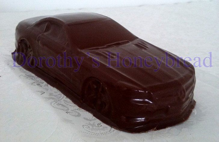 Mercedes SL500 CHOCOLATE CAR! 100% Hand maide, edible. Milk, dark, white chocolate. 21cm long, 8cm wide, 300g To order please send us a text message or email to: dorothys.honeybre... www.dorothyshoney... #dorothyshoneybread #chocolate #chocolatecar #mercedes #mercedessl #mercedessl500 #sl500 #christmas #gift #chocolatecake #chocolatemodel #choco #merc #chocolatemerc #chocolatemercedes #chocolatemer #mercedessl500 #chocolatesl500